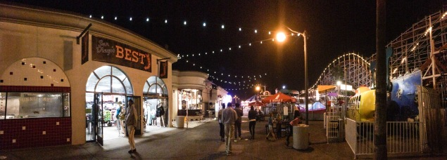 Mission Beach, CA: roller coaster and shops
