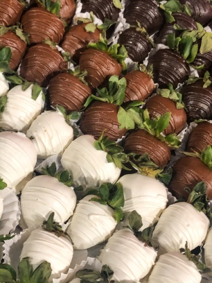 Berries by Quicha's chocolate strawberry platter: dark chocolate, milk chocolate, and white chocolate.